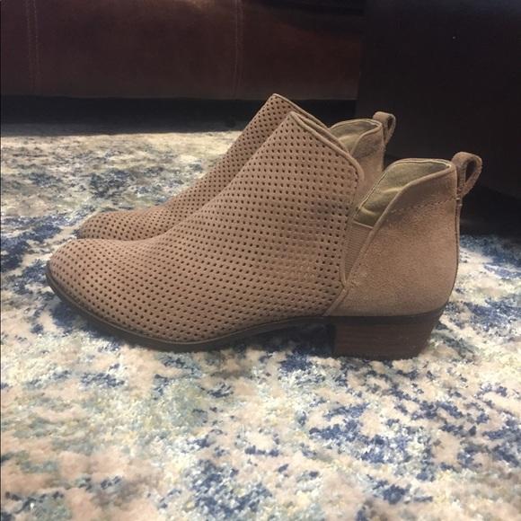 e8b45b7a9770 Shoes - BP. Faren-Lea Booties